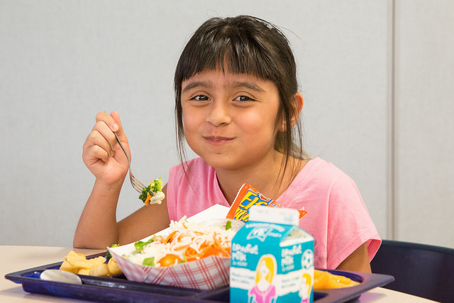 DMPS Students Offered No-Cost Meals through June 3